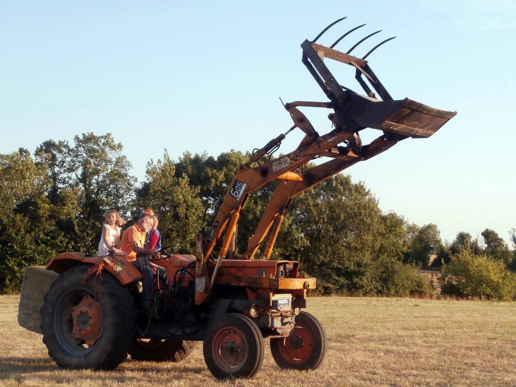 Travail à la ferme du Champ du Parc